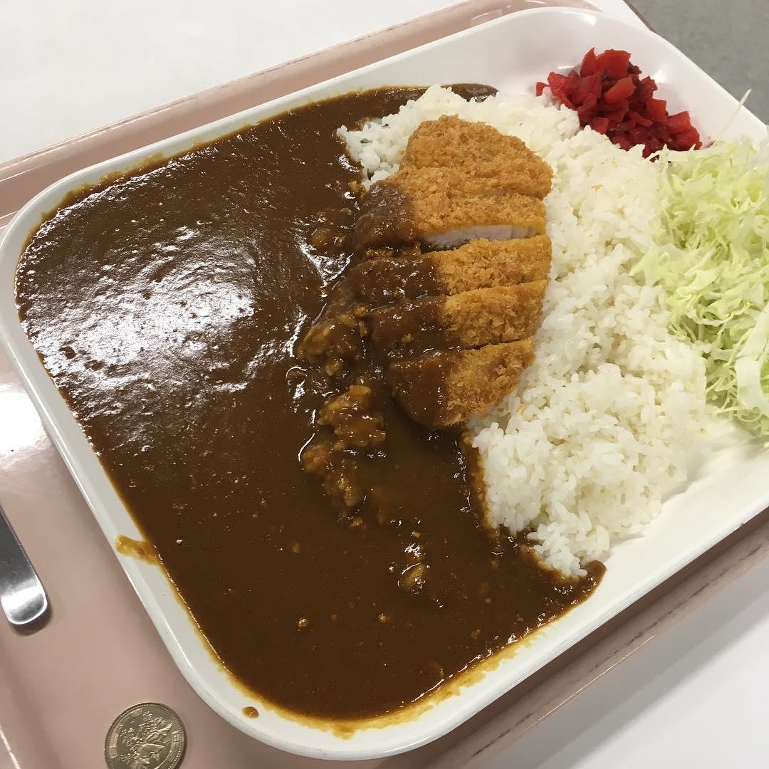 【メガカツカレー】720円