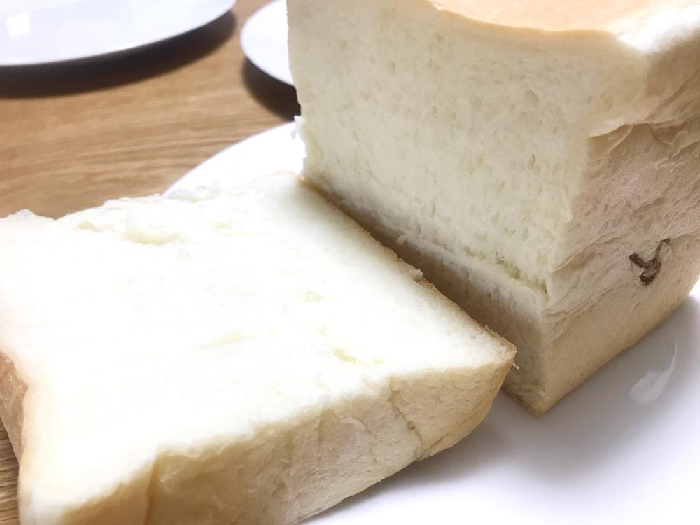 生食パンを厚めに切ってみました