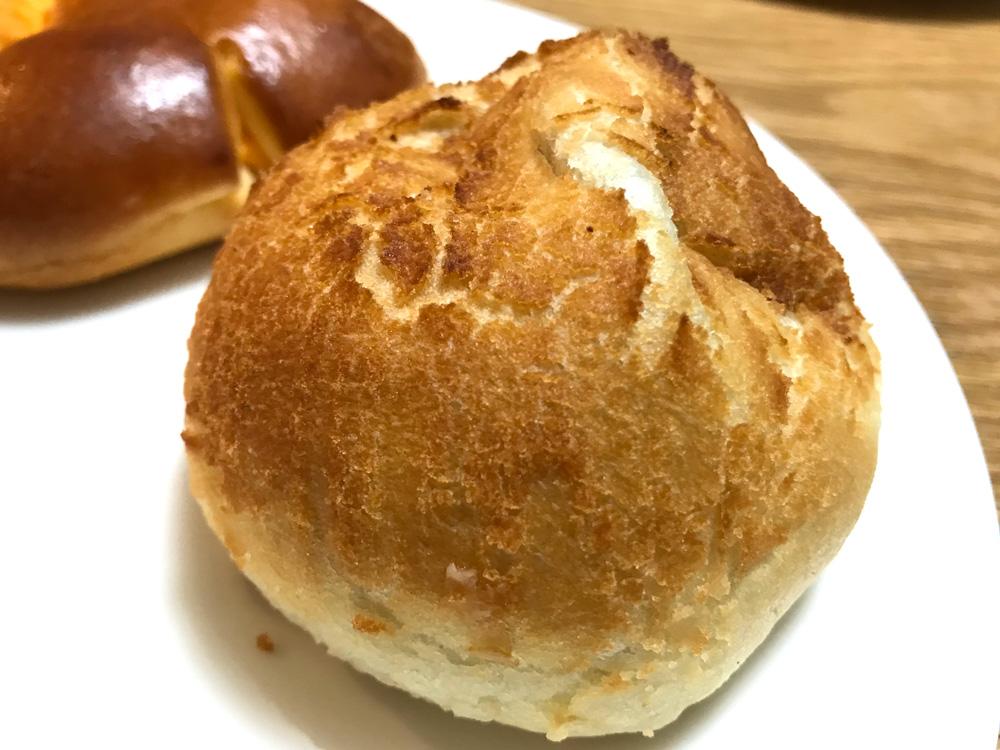 半熟卵入焼きカレーパン